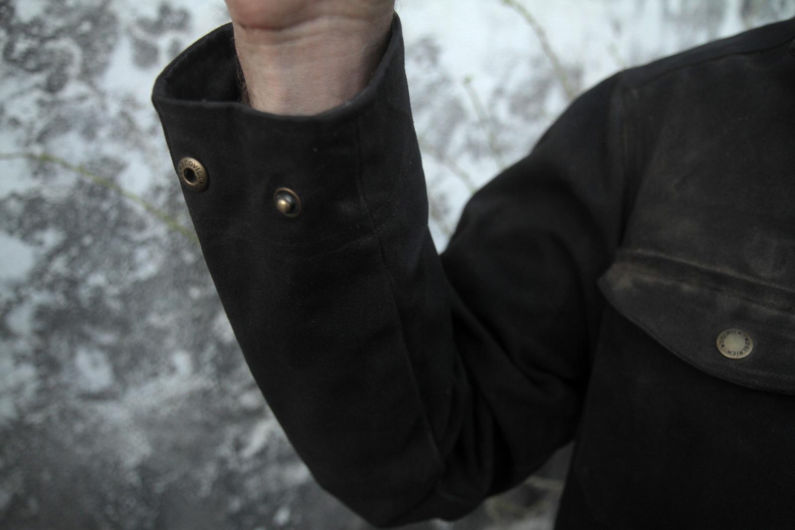 blackcuff.jpg