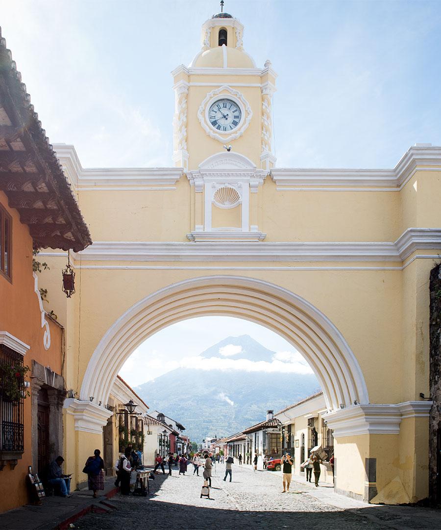 Antigua - Paul Castello