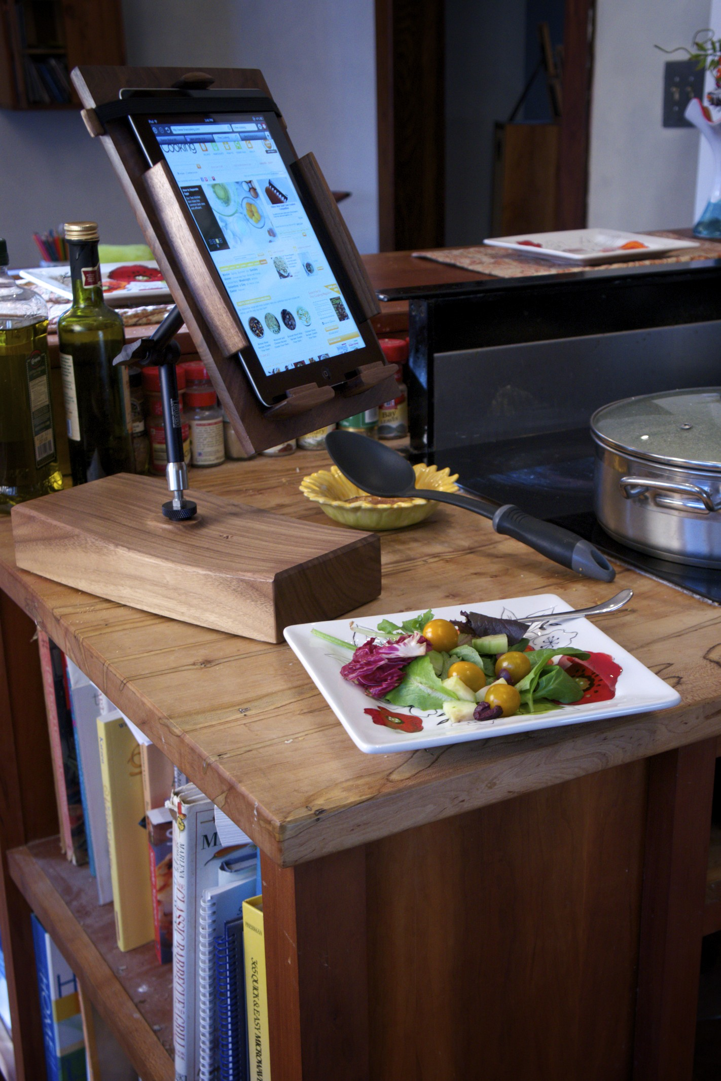 Cooks Tablet Stand in kitchen 2