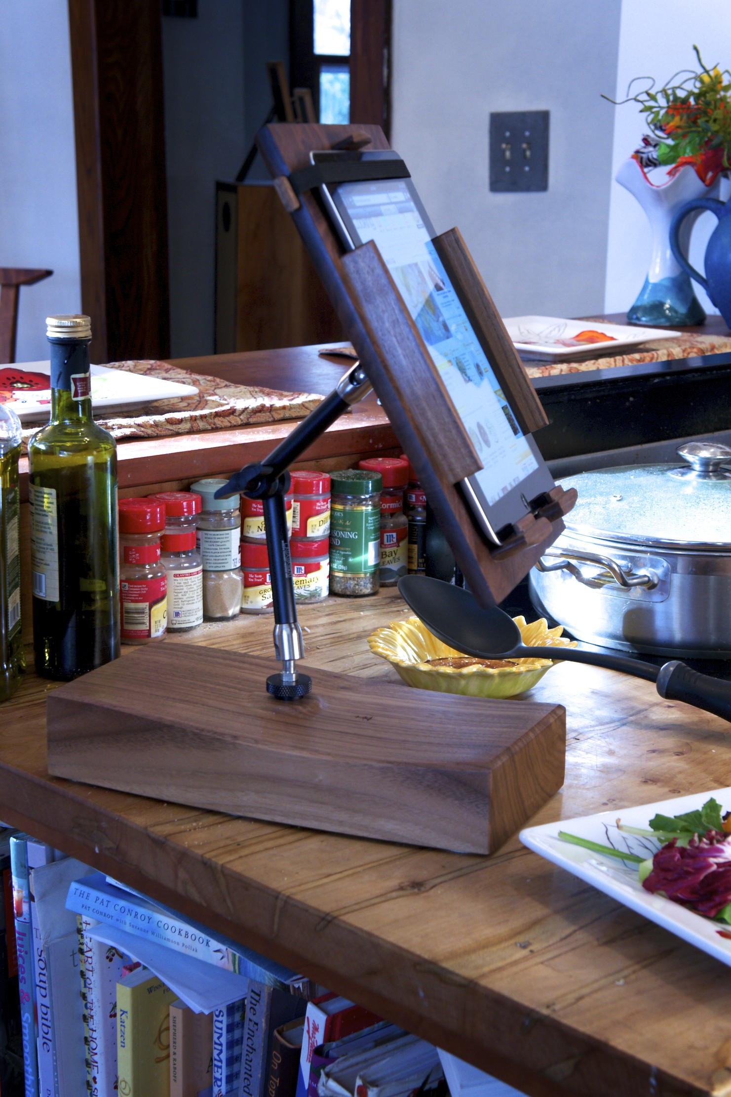 Cooks Tablet Stand in kitchen 3