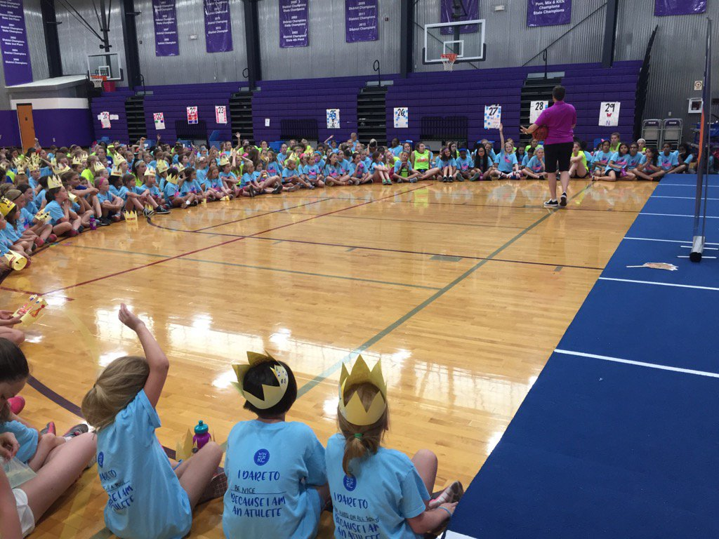 Author Shelly Boyum-Breen speaking to campers at Camp WIN in KC! Look at all those crowns!