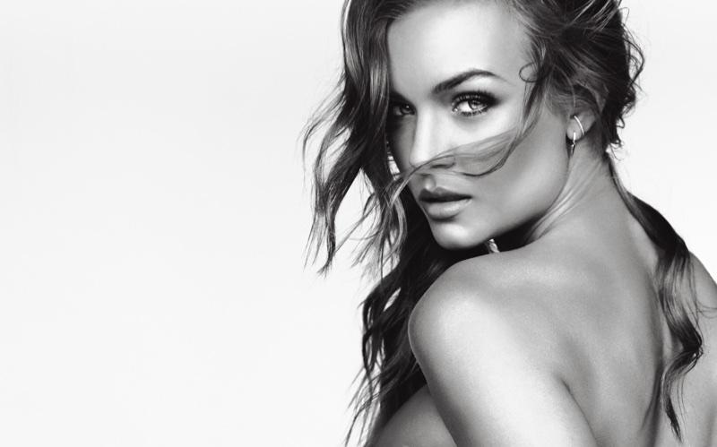 Josephine-Skriver-VS-LOVE-Fragrance93841.jpg