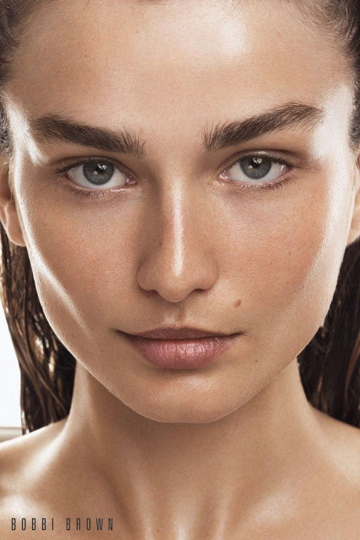 Bobbi-Brown-Cosmetics-Fall-2017-Campaign21830.jpg