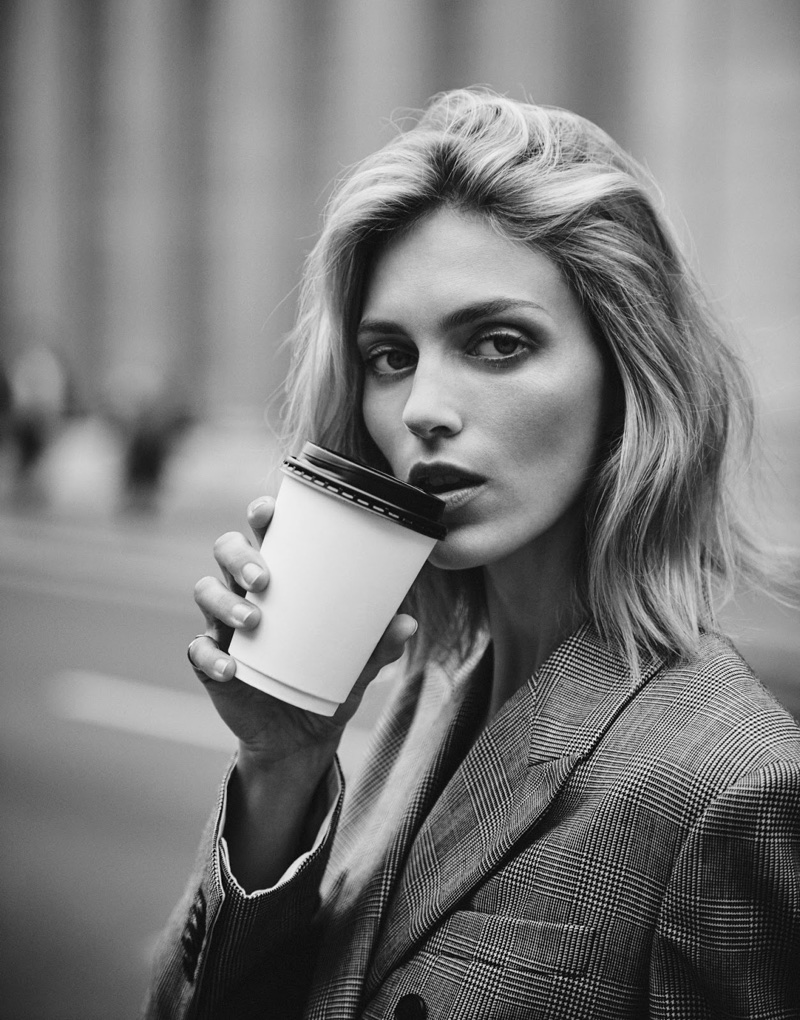 Anja-Rubik-Business-Style-The-Edit-August-2017-Cover-Editorial06.jpg