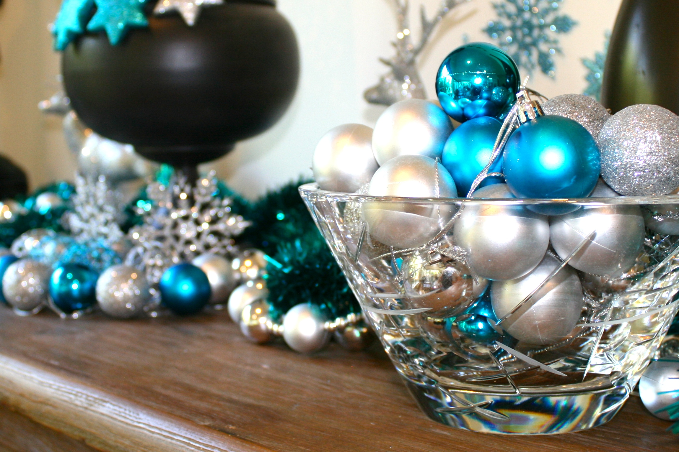 Christmas bauble bowl