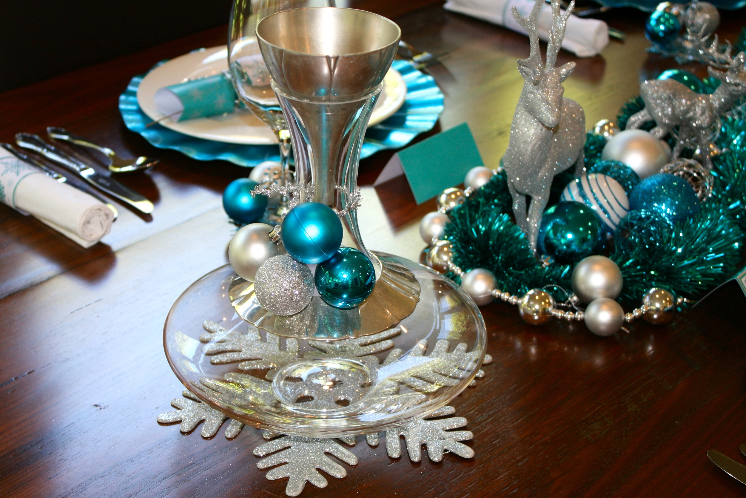 Wine decanter dressed with Baubles