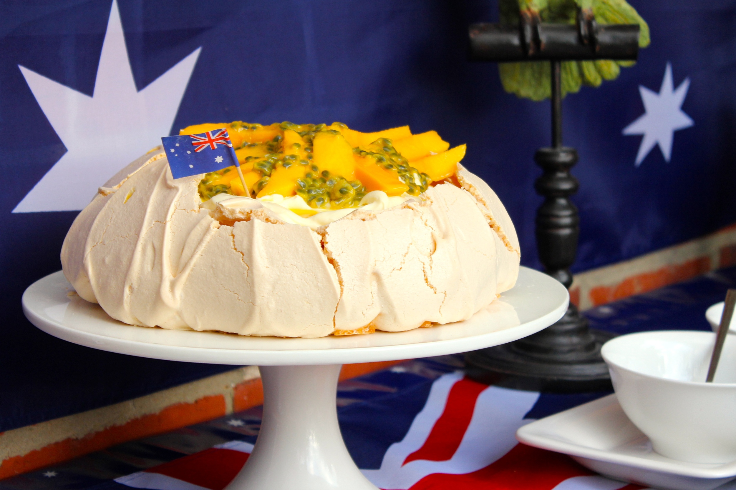 Mango and passionfruit Pavlova