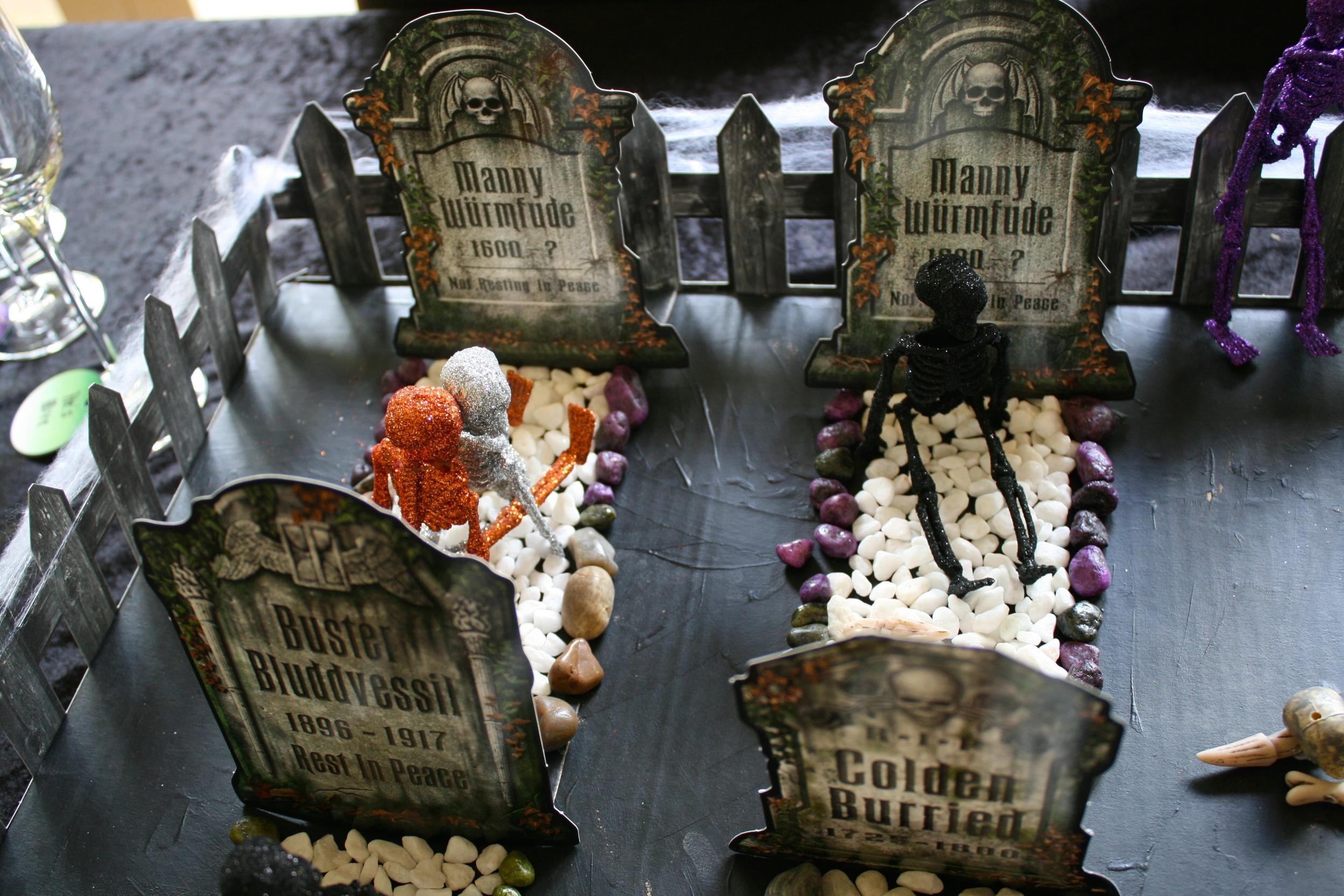 Halloween Graveyard Table - Naughty Skeletons
