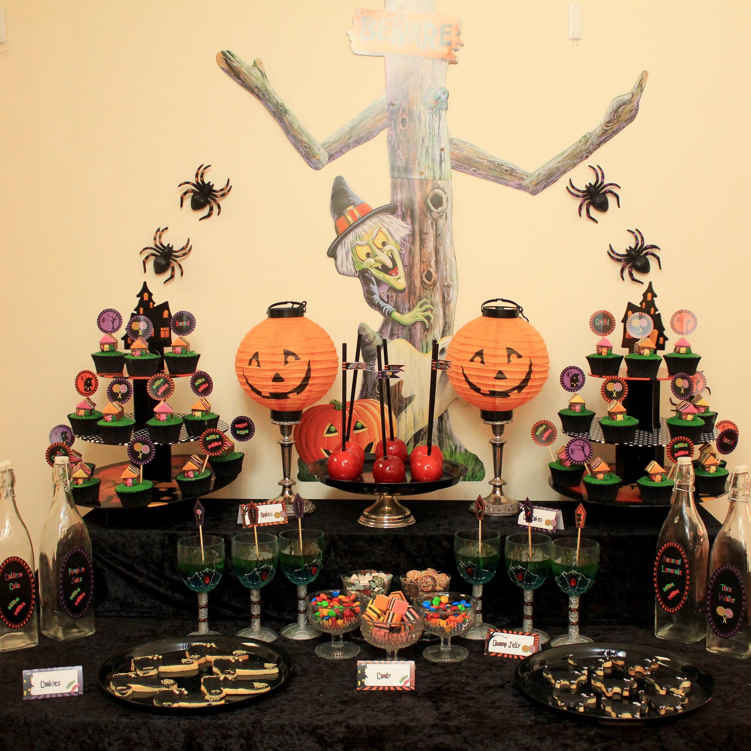 Halloween Hansel and Gretel Dessert Table