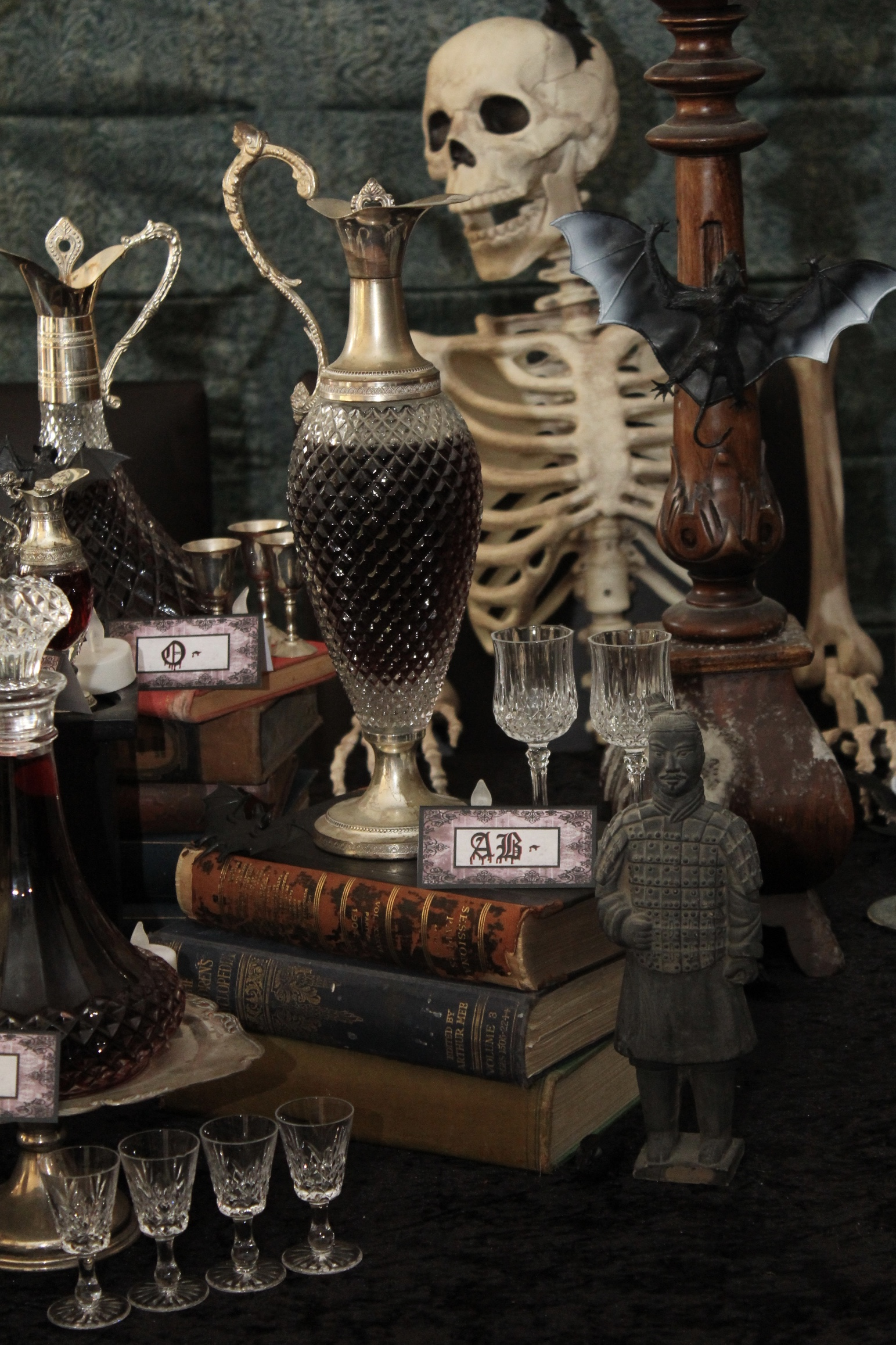 Halloween Vintage Vampire Party
