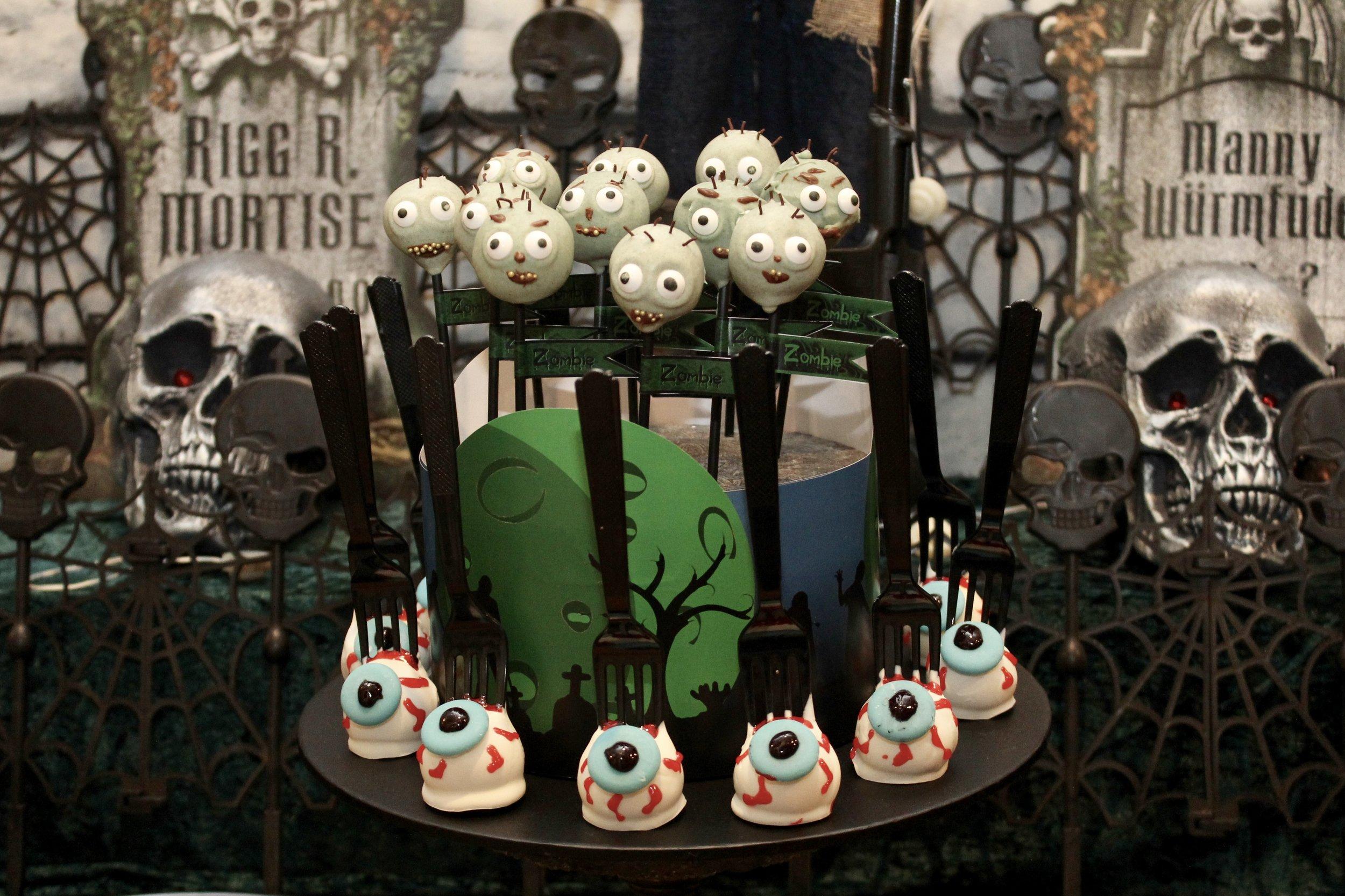 Zombie and eyeball cakepops
