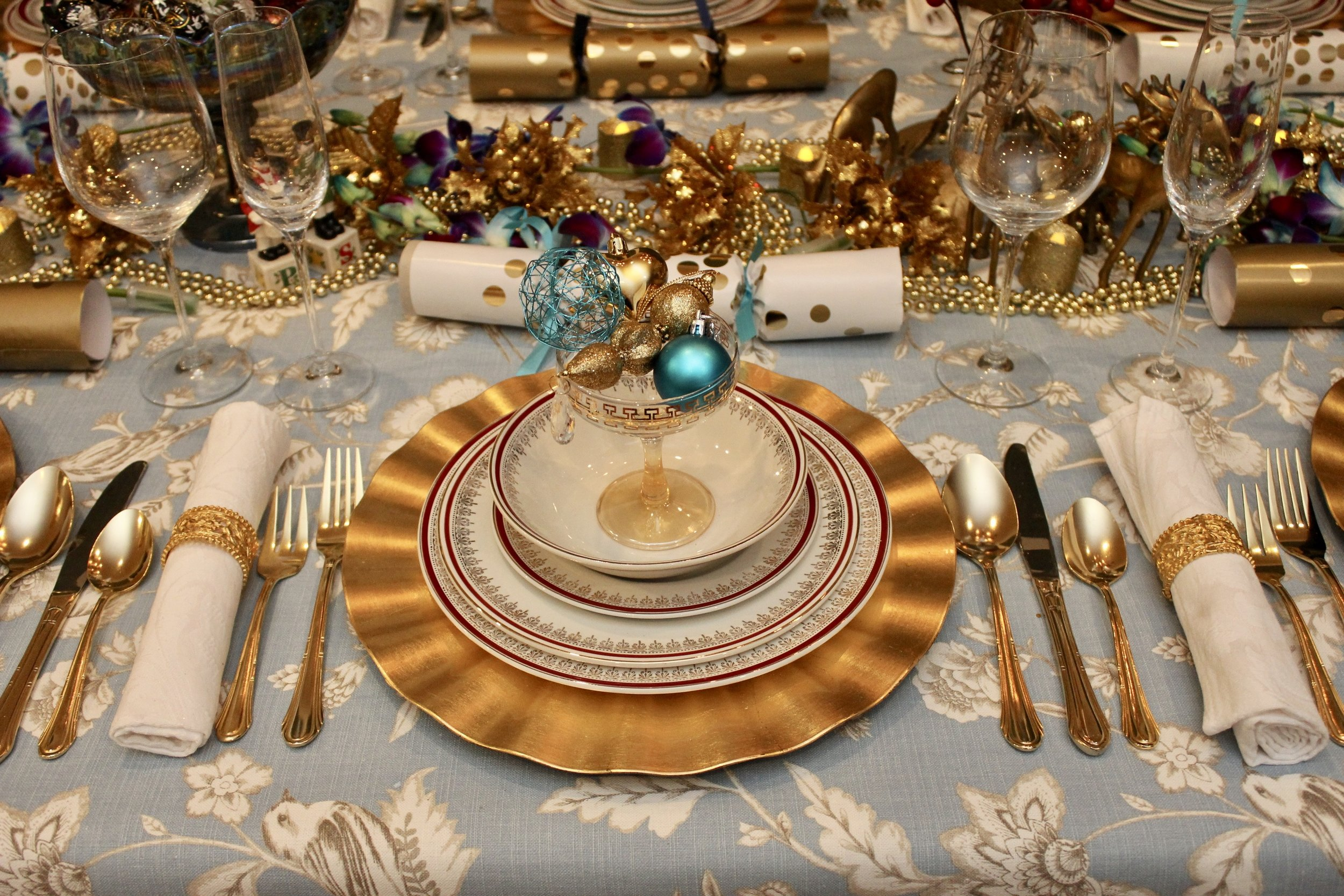 Blue and gold Christmas Table - Use Vintage Champagne Glasses filled with Baubles