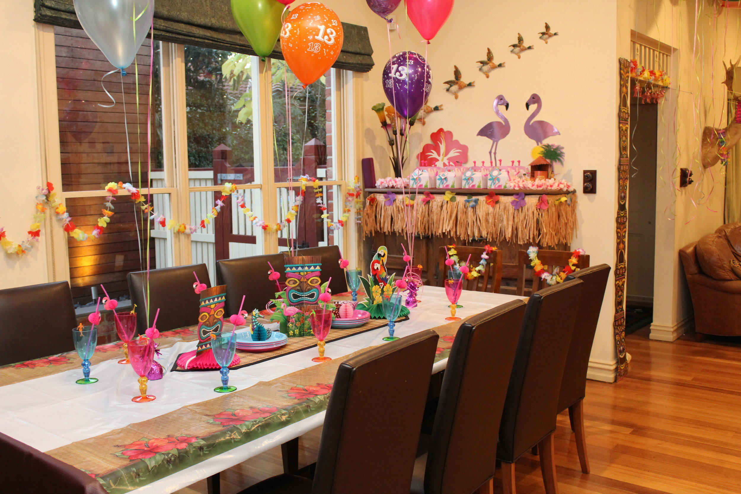 Flamingo Party table ideas