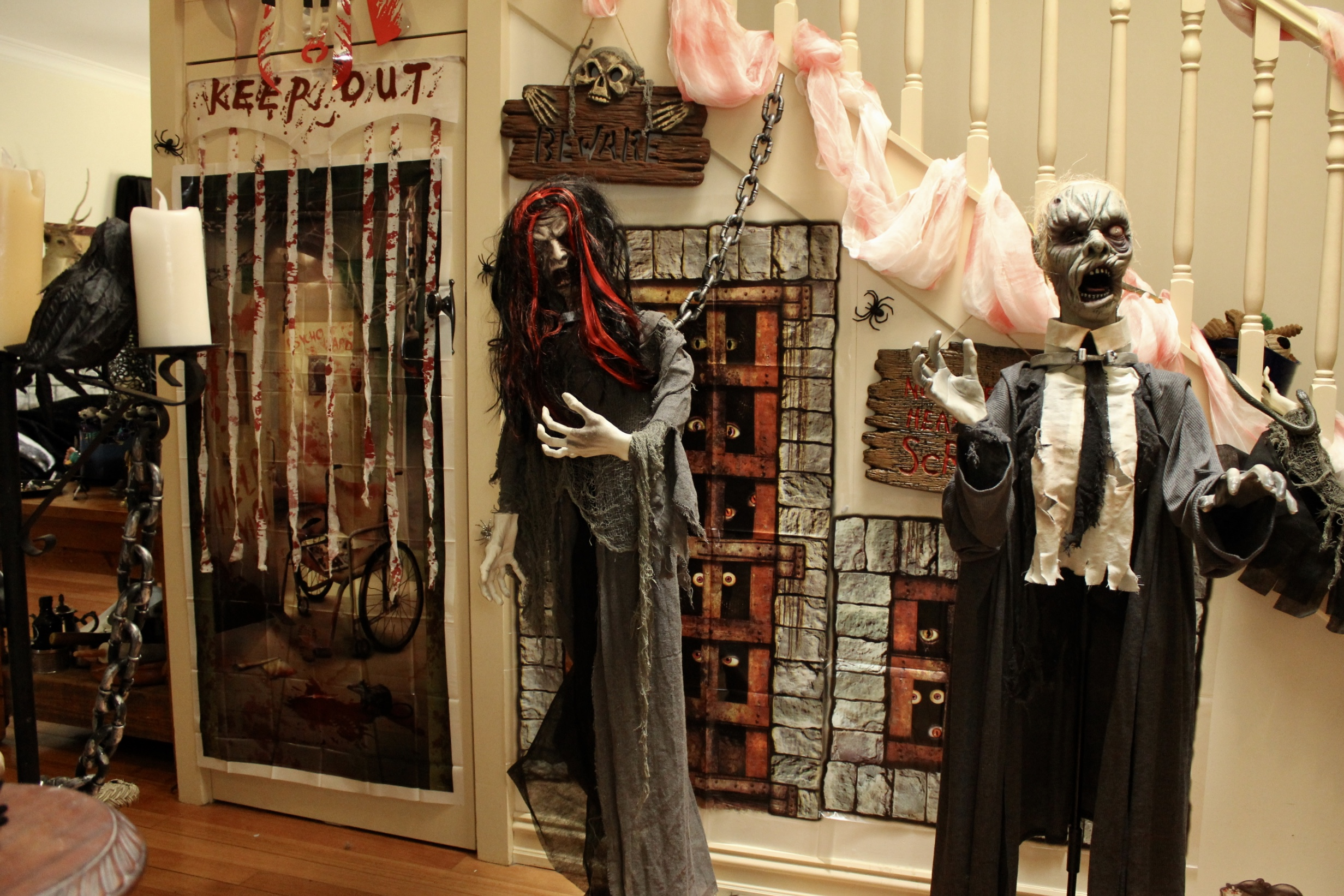 Halloween Asylum Decorating Ideas