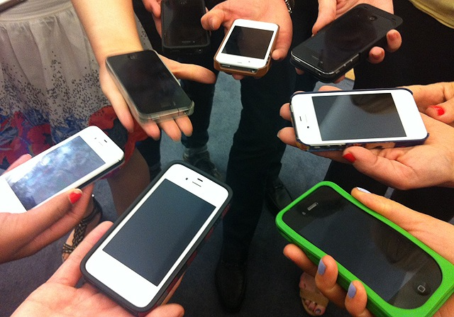 Too-Many-iPhones-640.png