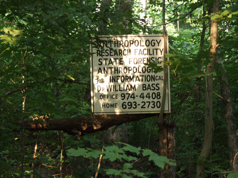 body-farm-sign.png