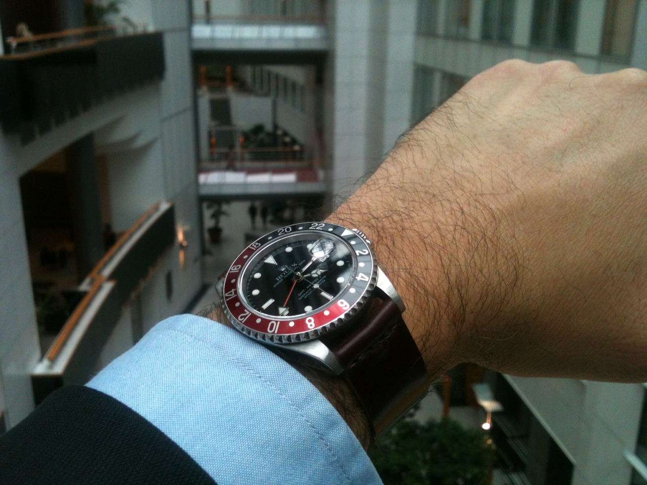 GMT Master II on a two-piece in No. 8 with partial seam. This Rolex works in the European Parliament building.