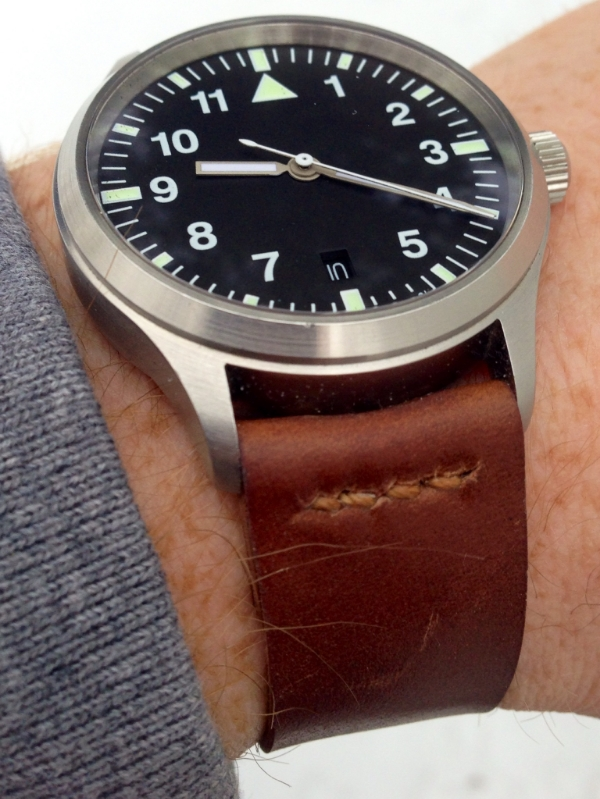 Speedbird III on Cognac Two-Piece partial seam.