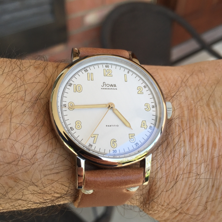 Stowa Partitio white on Natural T-stitched strap. What a classy and lovely watch.