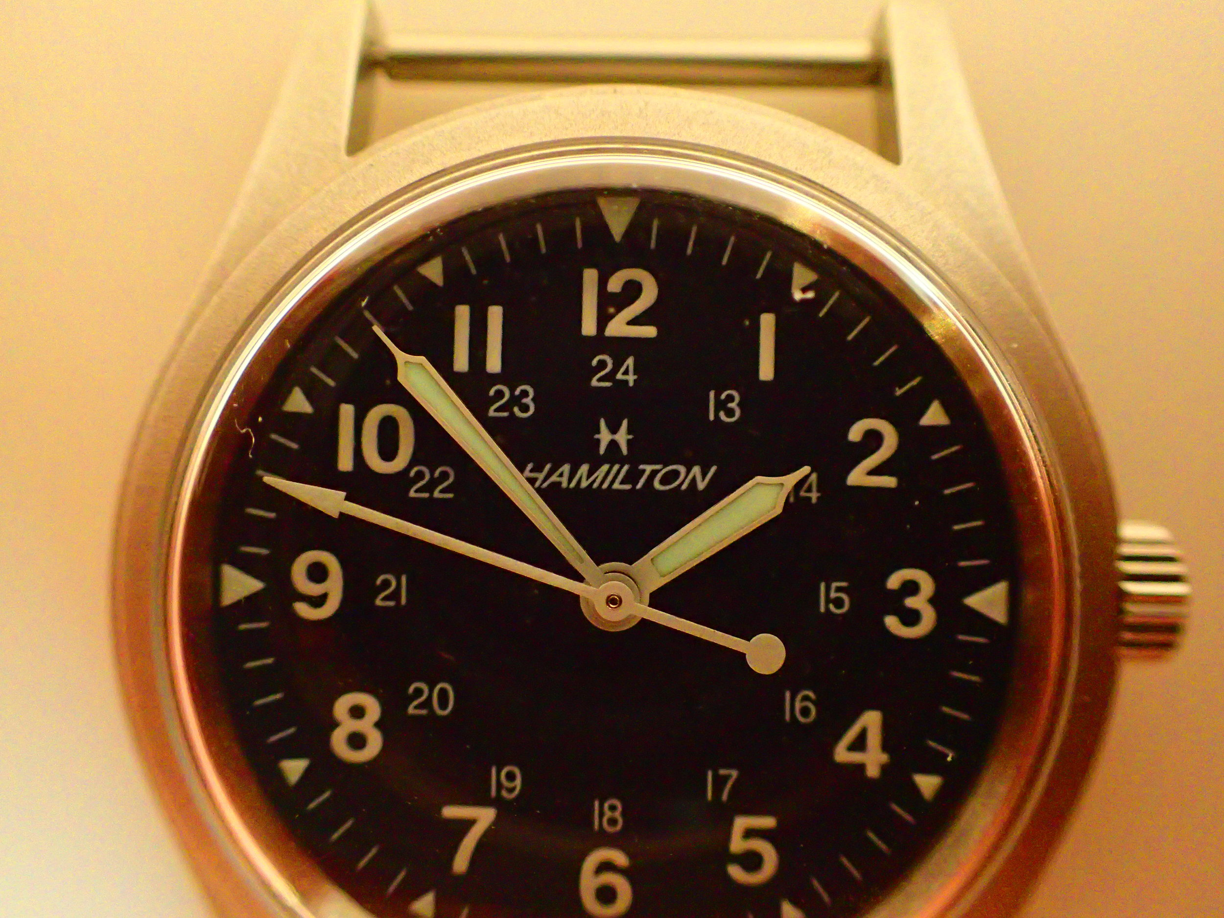 A very late 9415A. Note the unusual dial with retro Jet Age logo, high quality printing, and more modern luminescent material.