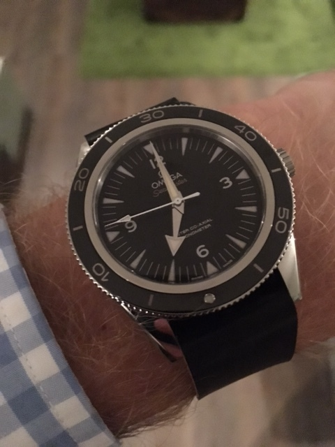 SM300 Master Co-Axial on a one-piece in Black. This watch is another Rover Haven favorite!