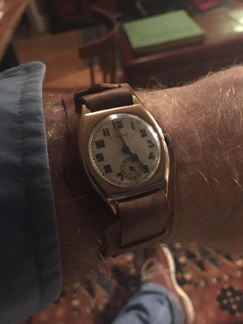 A vintage timepiece with amazing provenance, worn on one-piece with Bund pad.