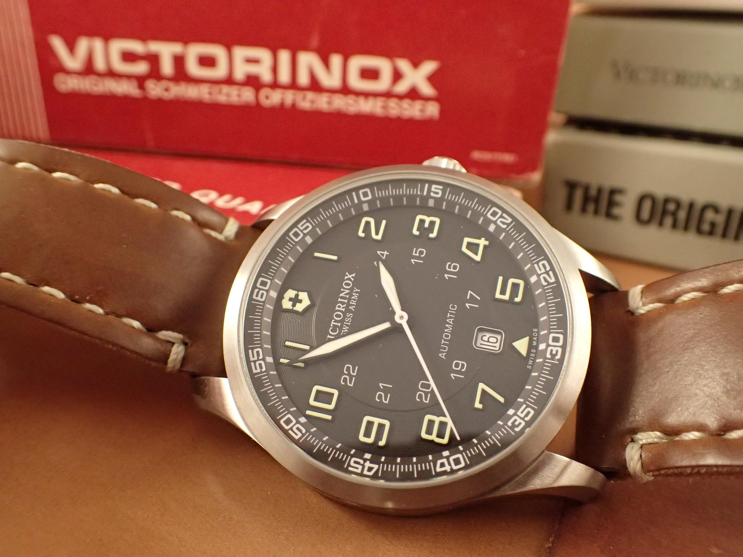 Victorinox 241507, the AirBoss Mechanical.