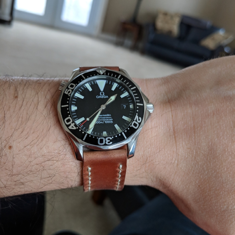 Gorgeous Seamaster Pro 2254.50 on Natural Arts & Crafts. A Rover Haven favorite!