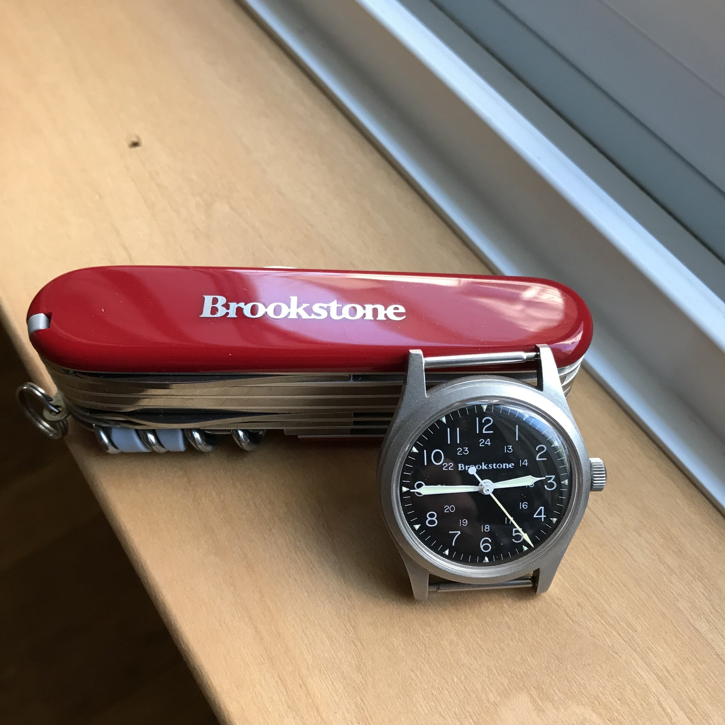 A Victorinox Champion with inlaid Brookstone logo.  I found this knife in NOS condition for shockingly little money, and it makes a great companion to the Brookstone Hamilton field watch.