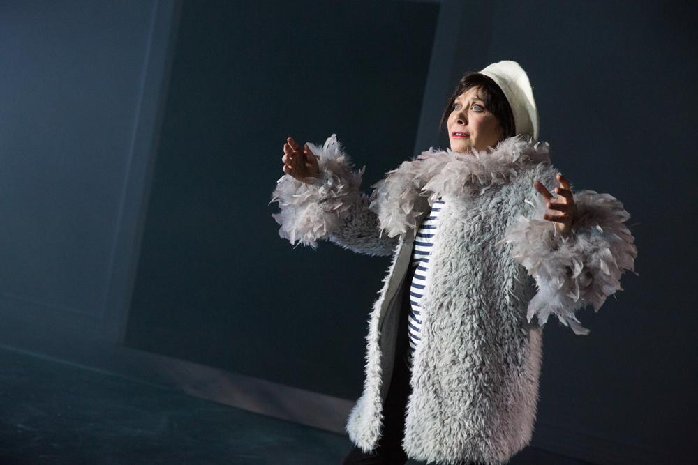 Cheryl Stern as Pigeon.