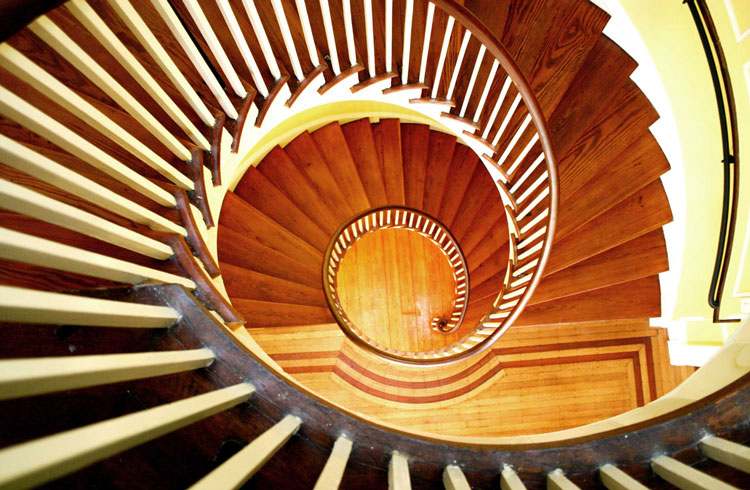 home-lgp-stair-750x490.jpg