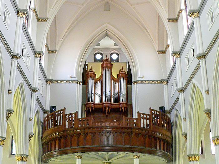 csj-organ-700x525.jpg