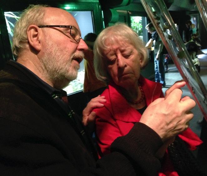 Hans describes an ant exhibit to Elisabeth.