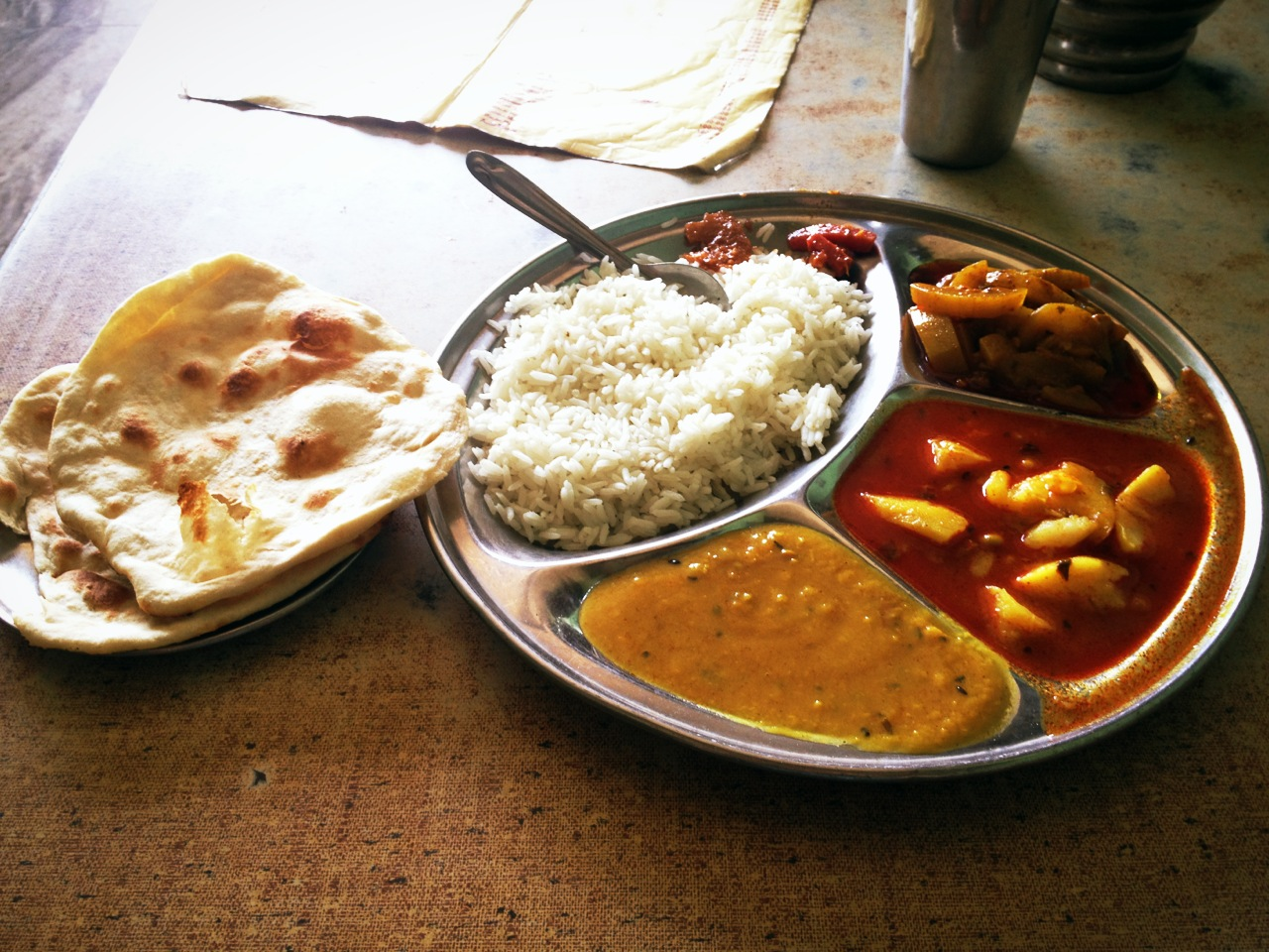 FOOD, GLORIOUS FOOD.    Food in India.