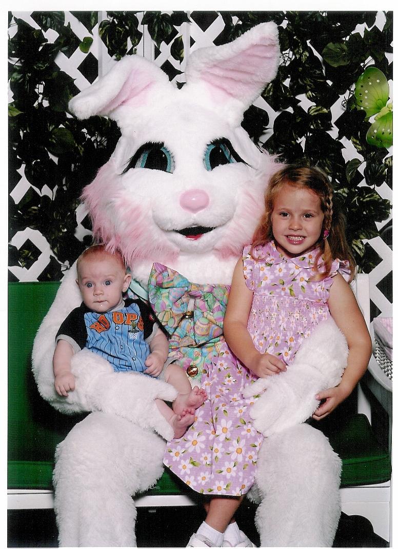 Easter Bunny 2006.JPG