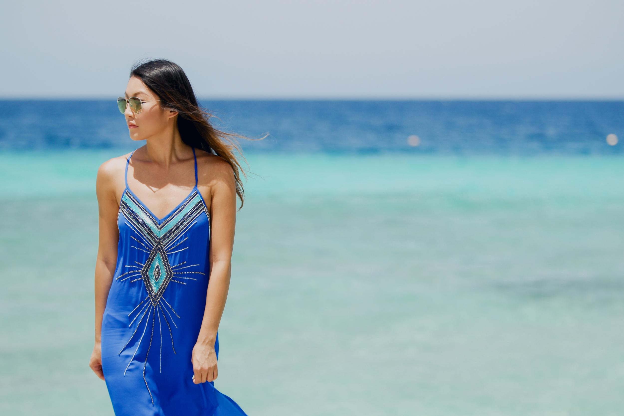 hautehippie_bluedress_beach3.jpg