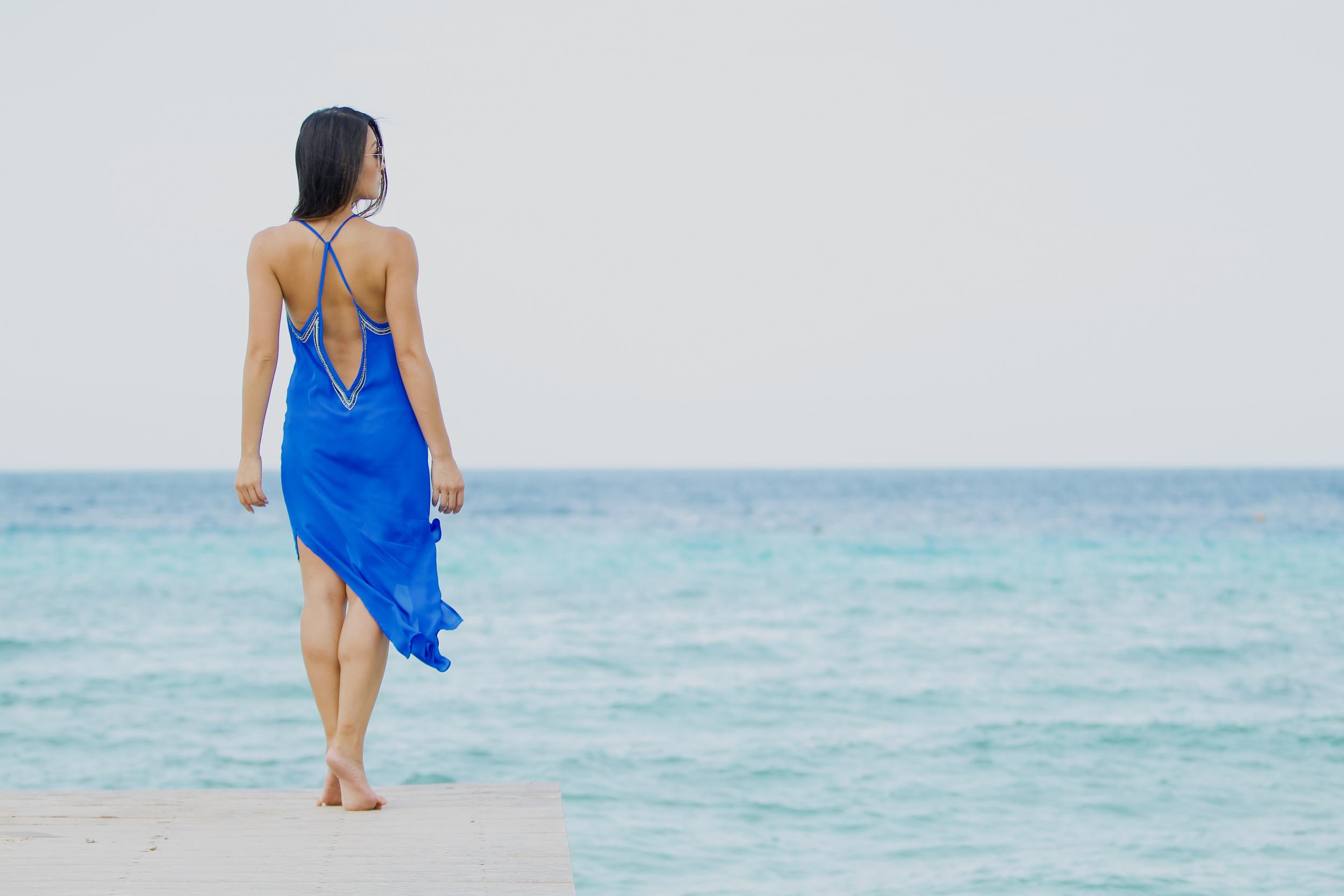 hautehippie_bluedress_beach4.jpg