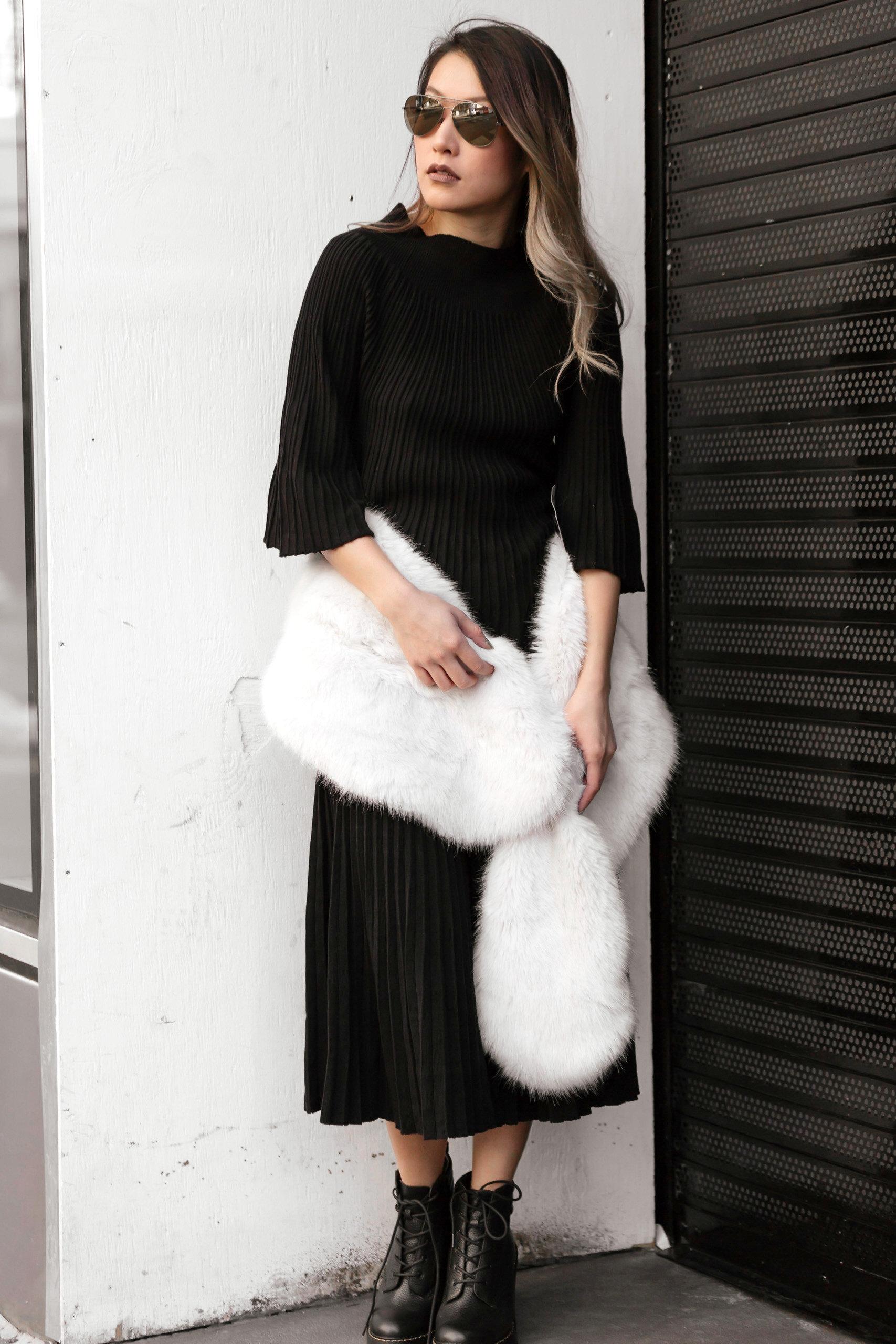 black knit_fauxfur5.jpg