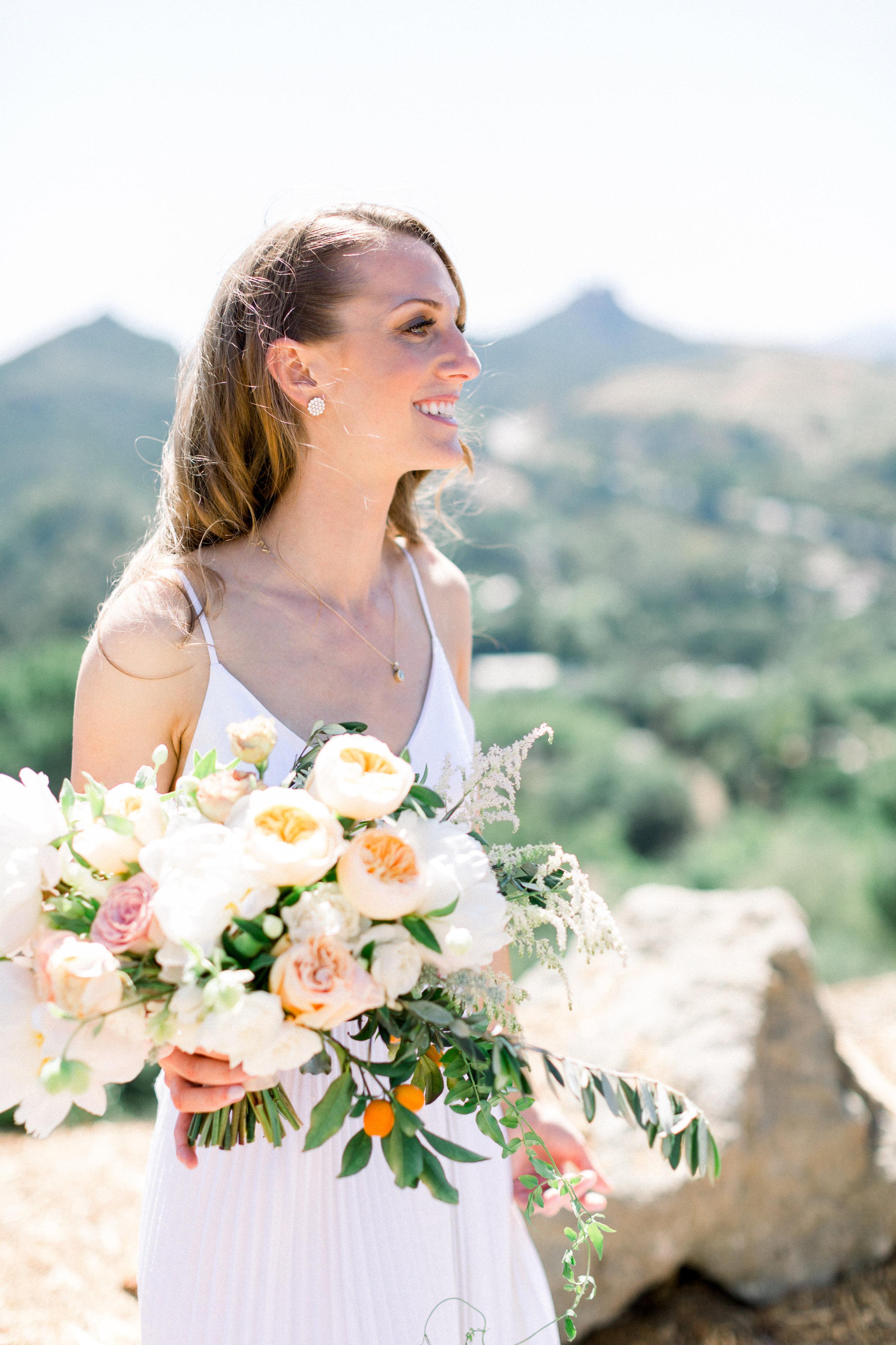Bridal Bouqet   www.cassandracompany.com    www.taylorcole.com