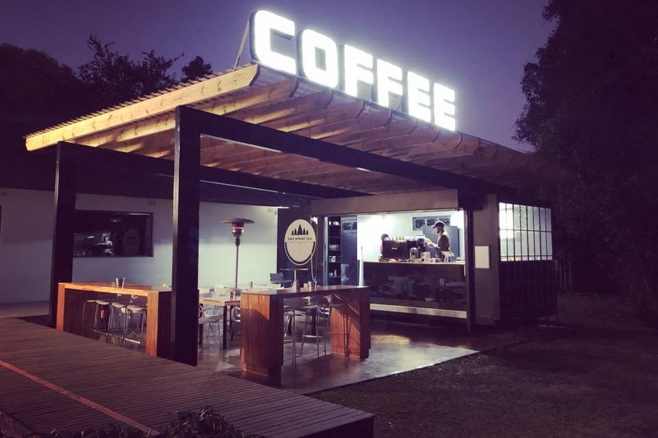 two-wheel-inn-coffee-at-greg-minnaar-cycles.jpg
