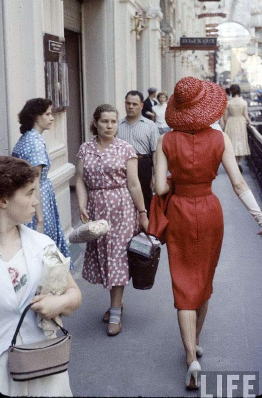 Dior in het Moskouse warenhuis GUM, 1959