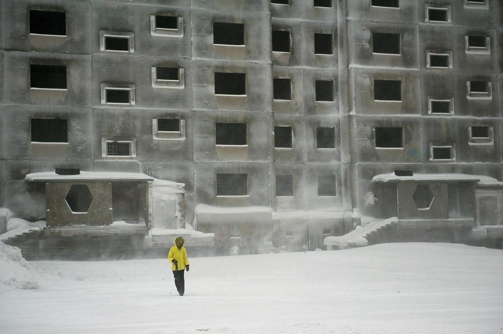 Nieuwbouw begonnen tijdens de Perestrojka, nooit voltooid.