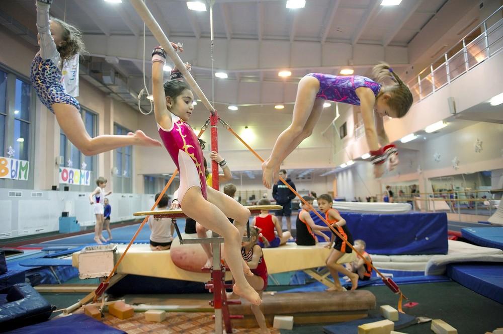 Veel topsporters komen uit Norilsk, dat goede sportfaciliteiten heeft.