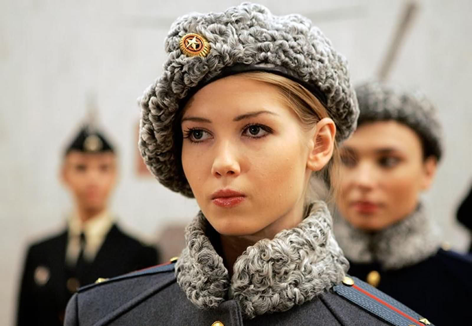 Russisch fotomodel uniform leger