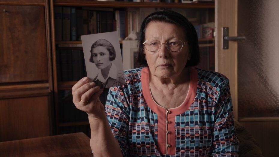 Elizaveta Delibasj. Haar beide ouders kregen de kogel.