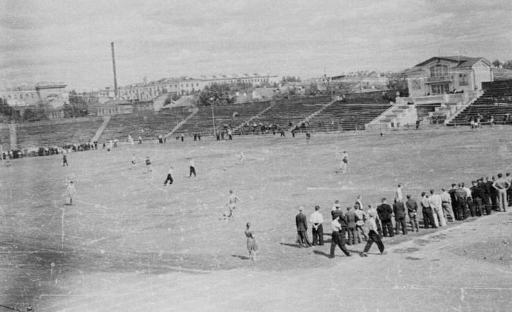 stadionklein1.jpg