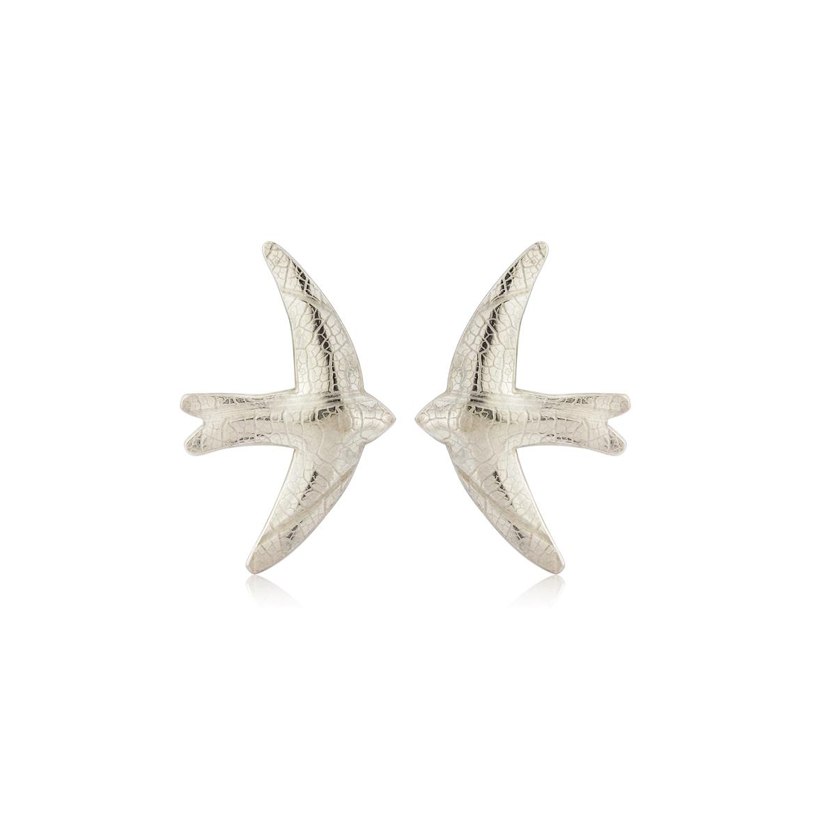 Lace embossed swift stud earrings