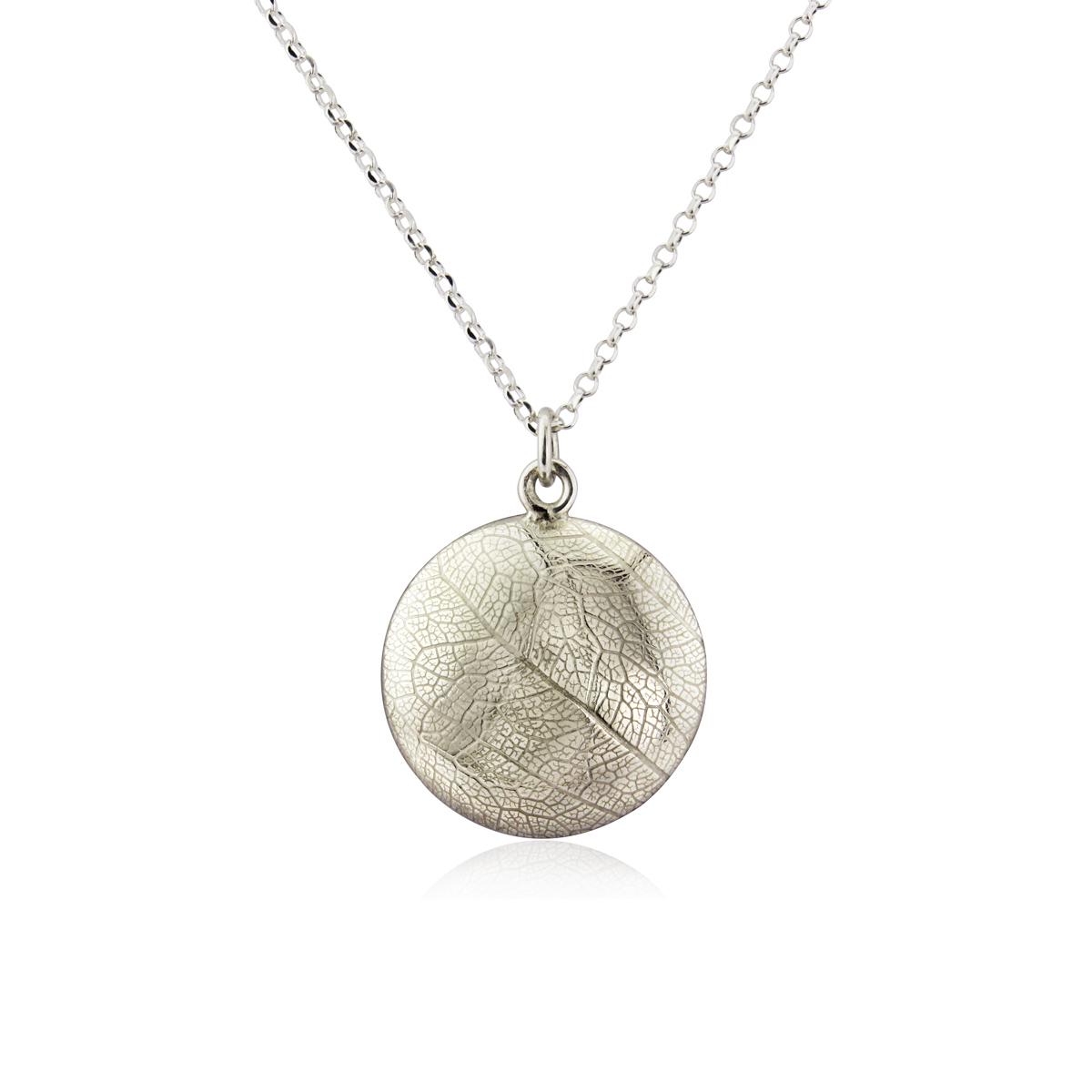 Reversible leaf skeleton embossed necklace