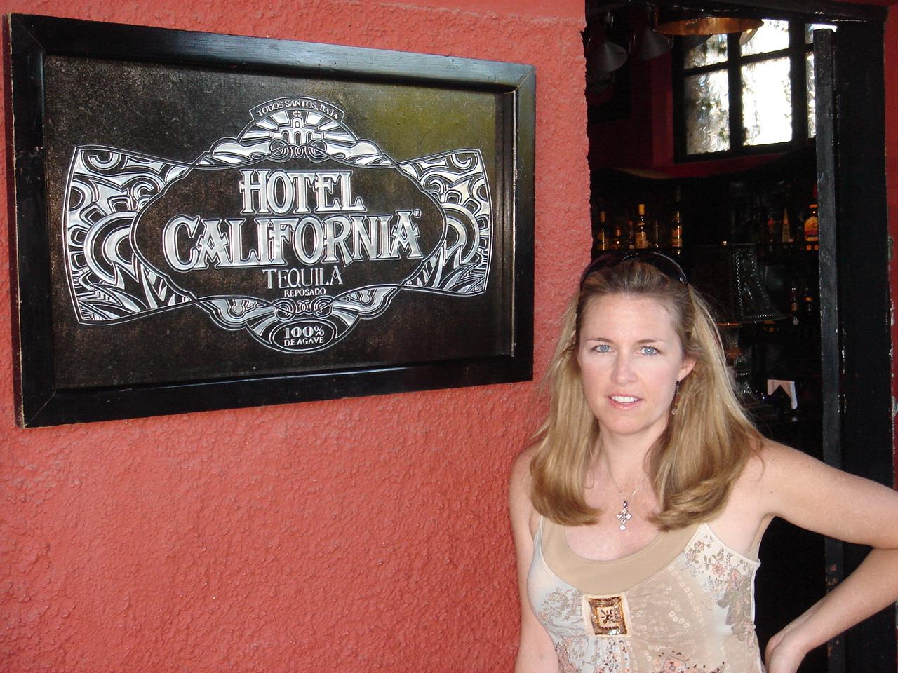 Tracy Hotel Cali_2.JPG