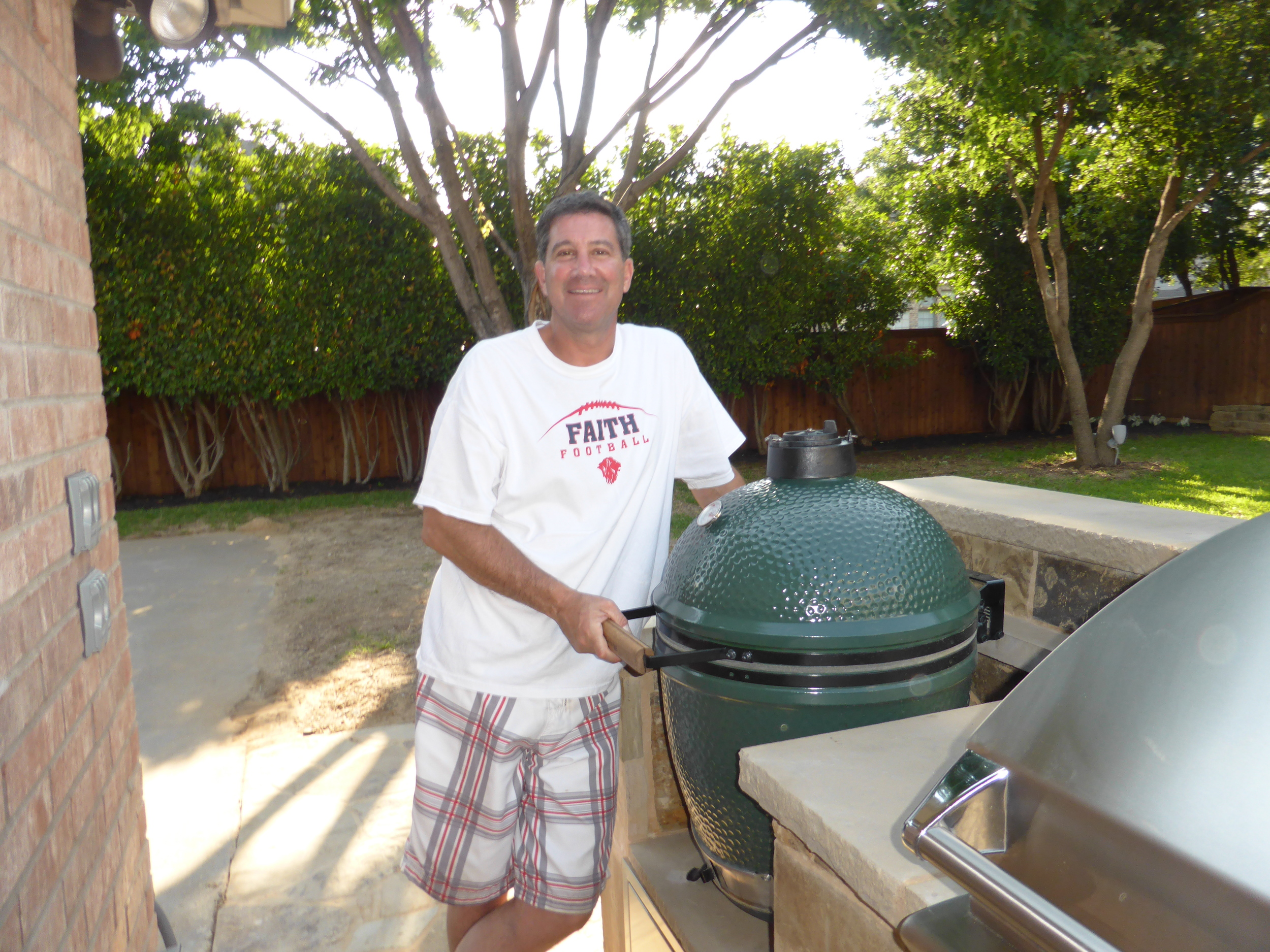 Learn about Bruce's big adventure with THE BIG GREEN EGG by clicking on this picture!